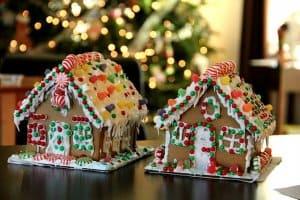 gingerbread houses edible decor